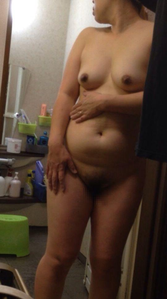 【入浴画像】お風呂上りでさっぱりしたおばさん達のエロい熟れた身体15