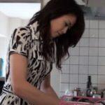 【北条麻妃 無修正】隠しカメラでプレイベート生活を盗撮した無料流出エロ動画